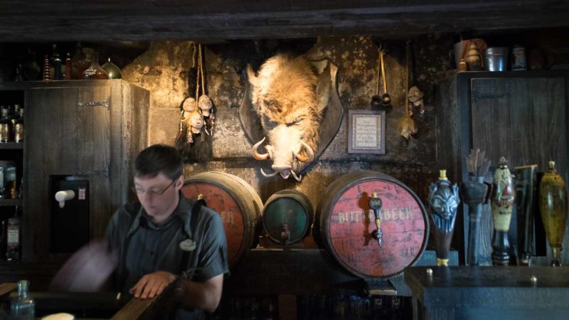 The hog's head pub at the three broomsticks restaurant at islands of adventure - best places for adults at universal