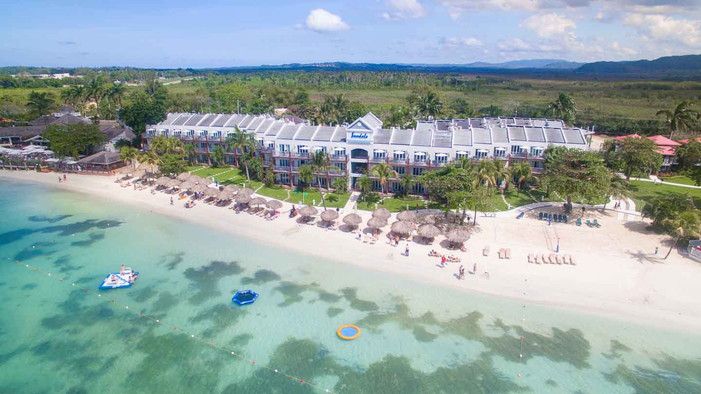 7eb7eec4a387 Jamaica Honeymoon Packages - Sandals in Negril Jamaica