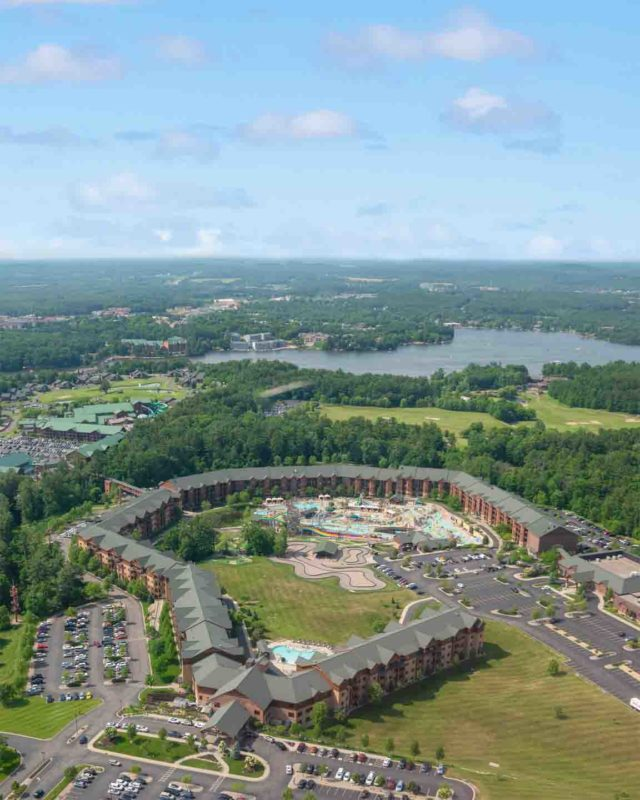 aerial view of the Wilderness Resort with waterparks in Wisconsin Dells - Best Waterpark Resorts in the Dells - Wisconsin Waterparks