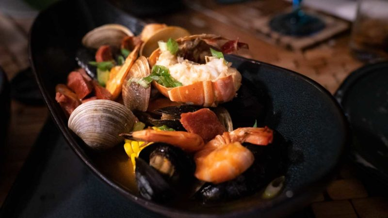 Dinner at Sol by the Sea - Seafood platter - Places to eat of a Key West Road Trip